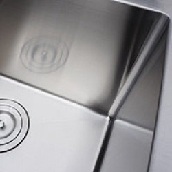 Small Radius Sinks in Vancouver