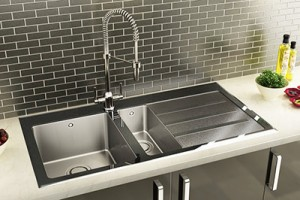 Rusting of stainless steel kitchen sink
